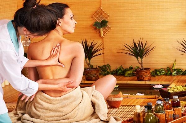 Los maravillosos beneficios del aceite de oliva en la piel