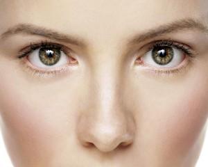 Sin Brillos con el aceite de onagra en la piel