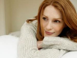 Beneficios del Aceite de Onagra para la salud mujer feliz