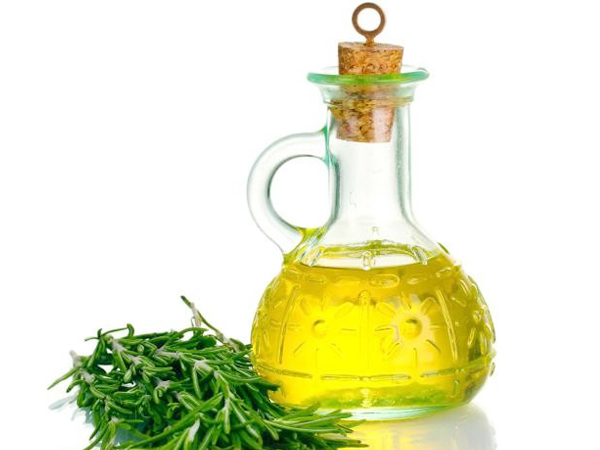 Aceite de Romero beneficioso para la salud - Yotuspanishoil.com